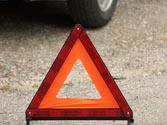 ¿Está permitido colocar los triángulos de preseñalización de peligro a menos de 50 metros del vehículo averiado? 1