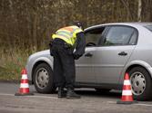 Un conductor que es requerido por los agentes para una prueba de alcoholemia, ¿está obligado a someterse a ella? 1