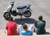 Una de las principales causas de mortalidad en los accidentes de moto y ciclomotor es... 1