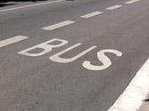 ¿Puede parar en un carril bus? 1