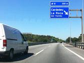 En esta vía, ¿está permitido superar la velocidad máxima genérica de la vía para adelantar? 1