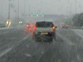 Cuando nieva, ¿es recomendable circular sobre las marcas de otros vehículos? 1