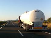 La tasa máxima de alcohol para los conductores de vehículos que transportan mercancías peligrosas... 1
