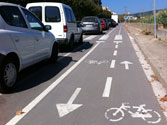 En los carriles reservados para bicicletas está prohibido... 1