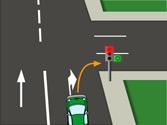 ¿Qué le indica la flecha verde del semáforo? 1