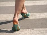 En los pasos para peatones no regulados por semáforo o agente, ¿tienen preferencia los peatones? 1