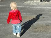 Los niños suelen tener problemas en el tráfico porque... 1
