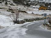 Con hielo en la calzada, si su vehículo no tiene ABS, es preferible... 1