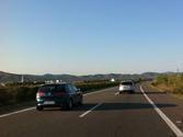 En este tramo de autopista el vehículo negro no quiere adelantar. ¿Puede circular por el carril izquierdo? 1