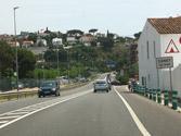 En una travesía sin limitación específica, ¿cuál es la velocidad máxima permitida para adelantar? 1