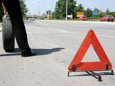En una calzada de sentido único, ¿cómo debe colocar los triángulos de preseñalización de peligro? 1