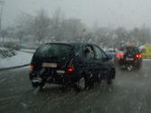 Circulando con fuerte nevada, ¿qué luz antiniebla se debe utilizar? 1