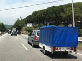 Este turismo con remolque, ¿a qué velocidad puede circular como máximo en una autovía? 1
