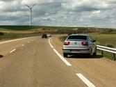 ¿Está prohibido parar o estacionar en la parte transitable del arcén de una vía interurbana? 1