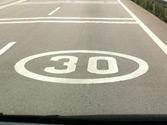 ¿Cuándo termina la limitación de velocidad que impone esta señal? 1