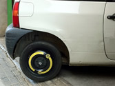 Si debido a un pinchazo usted se ve obligado a circular con una rueda de uso temporal, ¿qué deberá tener en cuenta? 1