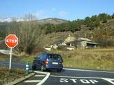 Las señales horizontales o marcas viales de color blanco, ¿tienen el mismo significado que las señales verticales? 1