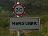 En un poblado, ¿está permitido usar las advertencias acústicas? 1