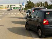 Un vehículo va a incorporarse a la circulación. ¿Cuándo debe ceder el paso? 1