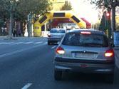 Las luces rojas encendidas del vehículo de delante, ¿qué indican? 1