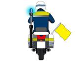 Un agente de tráfico que circula delante muestra una bandera de color amarillo, ¿qué está indicando? 1