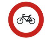 Por una vía así señalizada, ¿qué vehículos no pueden circular? 1