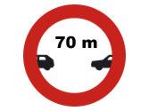 A la vista de la señal, ¿qué separación debe dejar con el vehículo que circula delante? 1